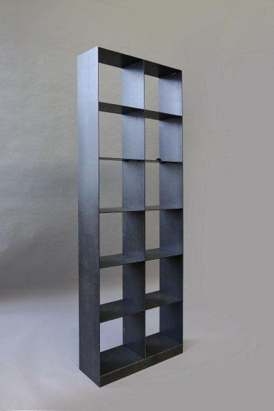 Buchregal aus 4 mm Zunderstahl geschweißt