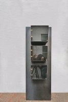 Stahlregal und Stahlvitrine aus 3 mm Stahlblech