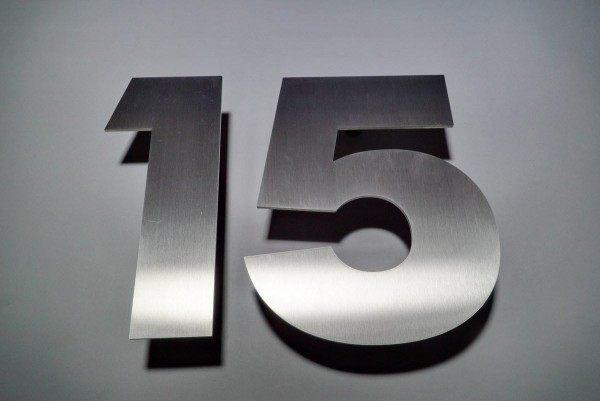 Edelstahlhausnummer 15