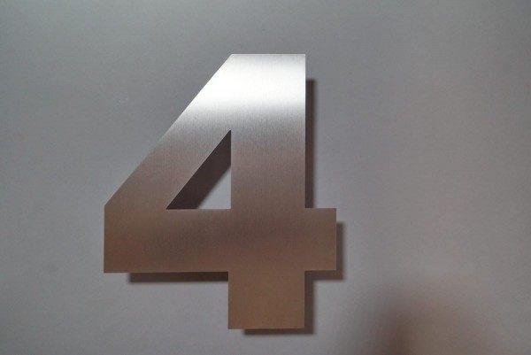 Edelstahlhausnummer 4