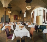 Entwurf und Fertigung diverser Einrichtungsdetails im Restaurant Basil in Hannover