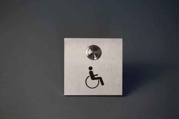 Edles Klingelschild mit Rollstuhl  Pictogramm