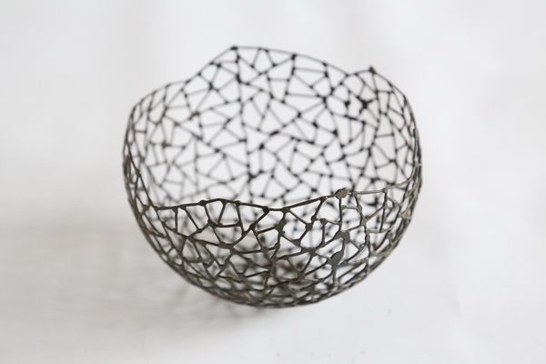 kleine Eisen Schale aus 1 mm Draht