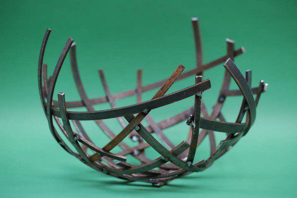 Schalenskulptur aus 5mm  Stahl im Durchmesser von ca. 40 cm