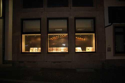 Schaufenster Innenverkleidung für die Hildesheimer Allgemeine Zeitung