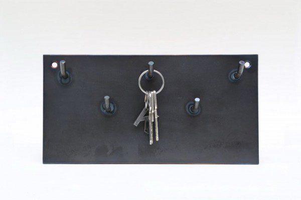 Schlüsselbrett aus 3 mm Zunderstahl