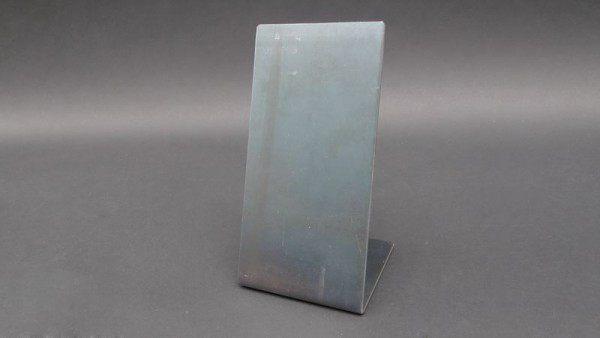 Magnetpinnwand aus 3 mm Stahlblech für den Schreibtisch