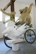 Die drei Freunde vom Mullewapp erhalten ein neues Fahrrad im Zoo Hannover