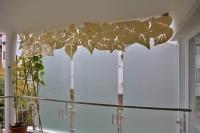 Sichtschutz aus plasmagetrenntem Aluminium mit Schlagmetall vergoldet