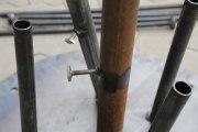 5 teilige Rohr Skulptur für den Garten aus rostigen Stahlrohren