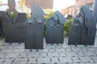 Skulpturen aus 3 mm Stahlblech geschmiedet und lackiert