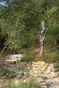 2 Skulpturen aus rostigem Stahlblech