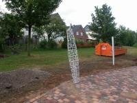 Stützen für ein Sonnensegel auf dem neuen Gelände der SOCON SONAR CONTROL Kavernenvermessung GmbH in Emmerke