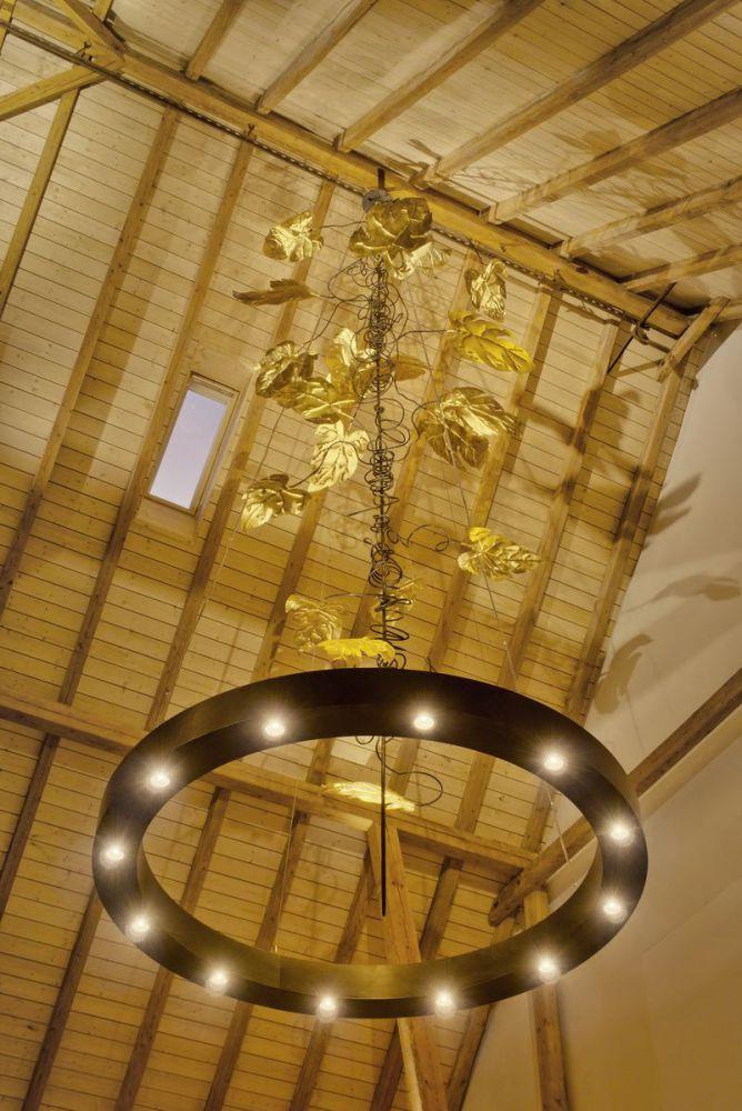 großer Kronleuchter für das Adlernest in Rammingen