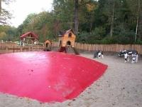 Spielplatz mit Hüpfekissen im Mullewapp
