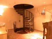 zweigeschossige Spindeltreppe für die Fa. Contour Lines