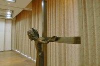 Stahlkruzifix für die Deutsche Bischofskonferenz in Hildesheim