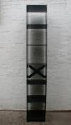 Stahlregal für Kaminholz aus Laserstahl
