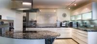 Zeitgemäße und funktionale Küche
