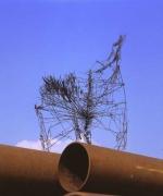 Stuhl Skulptur aus 2 mm Eisen Draht