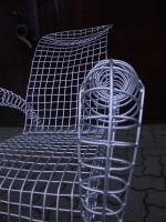 Stuhl Skulptur aus 5 mm Rundeisen, feuerverzinkt