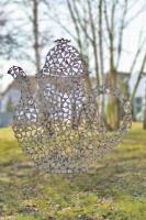 Teekannen Skulptur aus einzelnen Blechstücken gebaut