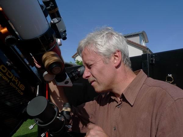 Thomas Kerl und Alfred Swientek bei der Sonnenbeobachtung am Lunt L60 alpha