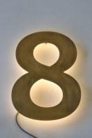Tombak-Hausnummer 8