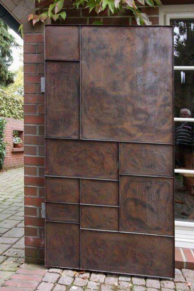 Gartentor aus feuerverzinktem Stahl mit Kupferfüllung