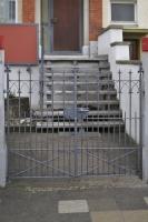 Restaurierung eines Tores und Ergänzung einer PKW Einfahrt