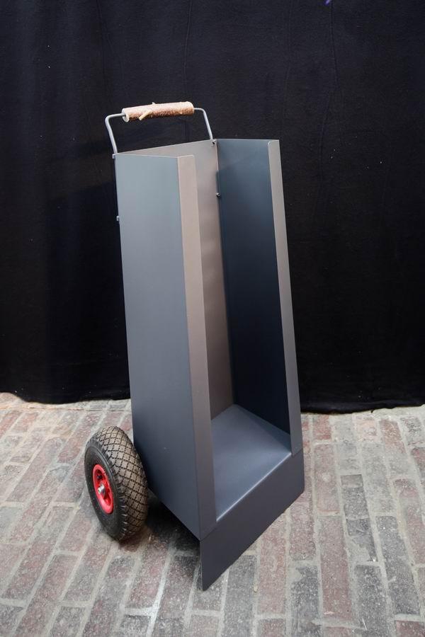 transportwagen f r kaminholz. Black Bedroom Furniture Sets. Home Design Ideas