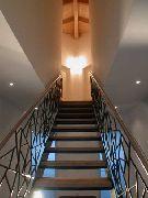 """Treppengeländer mit einer Füllung in """"Schmitzstruktur """""""