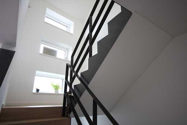 treppengel nder aus klar lackiertem flachstahl 60 x 12 mm. Black Bedroom Furniture Sets. Home Design Ideas