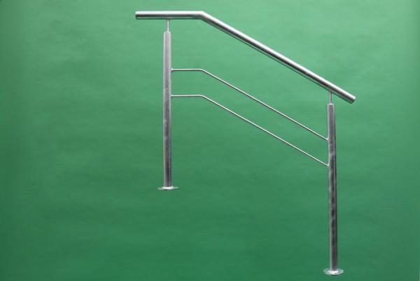 Treppengeländer aus feuerverzinktem Stahl mit 2 Knieleisten
