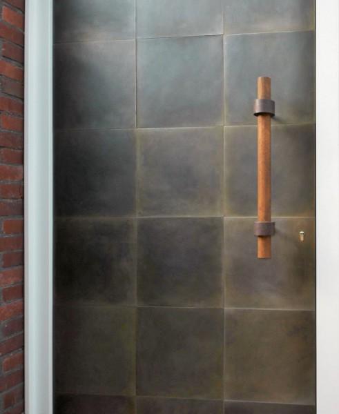 Haustürbekleidung aus Stahl