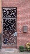 Tür in Schmitzstruktur aus Rundstahl