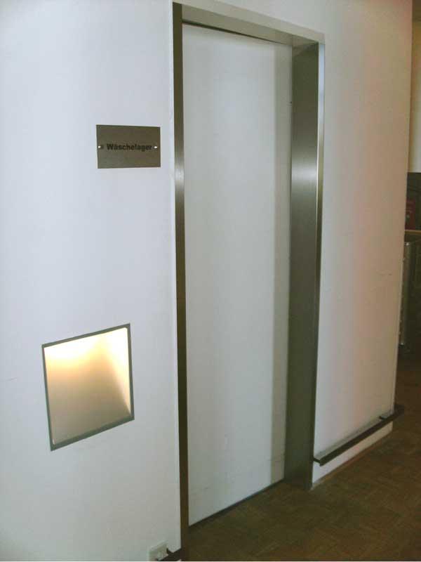 t rzargenverkleidung als rammschutz aus edelstahl f r die. Black Bedroom Furniture Sets. Home Design Ideas