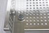 Heizkörperverkleidung aus Edelstahl Lochlech mit quadratischen Löchern