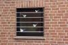 Fenstergitter mit Vögeln, ein hübscher Schutz gegen Einbrecher