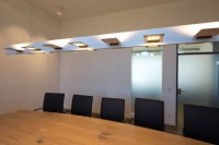 LED Deckenleuchte für einen Besprechungstisch