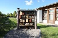 Das Wildbienenhotel für die Grundschule Itzum ist nun komplett