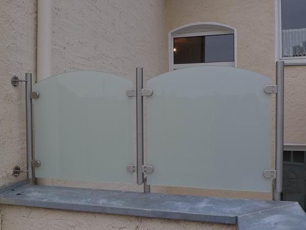 windschutz und sichtschutz aus edelstahl und sicherheitsglas vsg. Black Bedroom Furniture Sets. Home Design Ideas