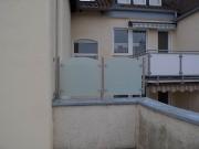 Windschutz und Sichtschutz aus Edelstahl und Sicherheitsglas (VSG)