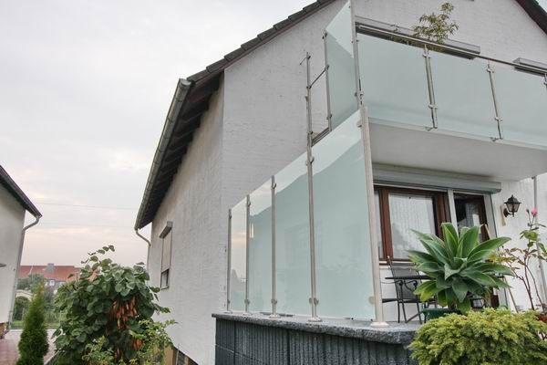 balkongel nder und sichtschutz aus edelstahl mit. Black Bedroom Furniture Sets. Home Design Ideas