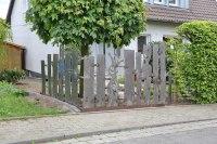 Zaun aus plasmagetrennten Skulpturen