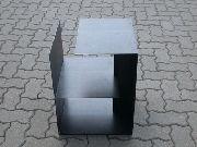 Beistelltisch aus Stahl