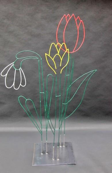 Farbige Blumen aus 5 mm Stahldraht