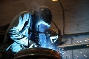 28.01.10 - Das Fahrgestell wird gefedert