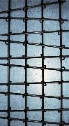 Herrlich einfach: Fenstergitter aus Stahl mit Verbindungs-Ringen