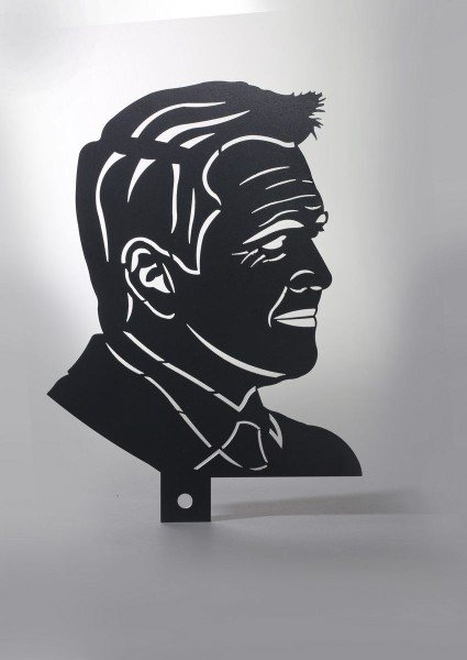 gelasertes Portrait aus Stahlblech nach einem Foto gearbeitet